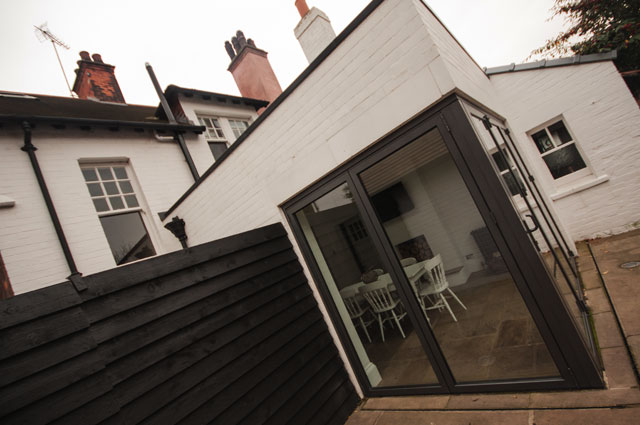 Garage alterations and extension north ferriby elevation for Garage extension cost estimate